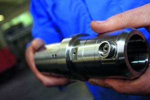 A variety of complex underwater electrical connector casings are made by Gisma, using Siemens Sinumerik CNC-controlled Spinner lathe technology.